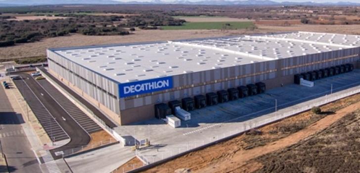 Goodman entrega a Decathlon la llave de un centro de 32.000 metros en León