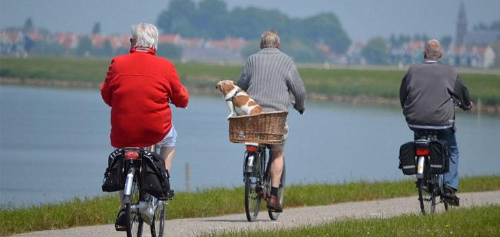 Actualmente hay 33 personas mayores de 65 años por cada cien individuos en edad y condiciones de trabajar.