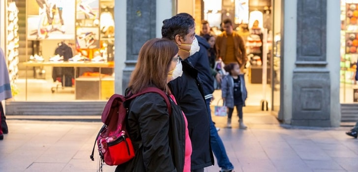 La confianza del consumidor va en aumento, pero su poder adquisitivo se resiente