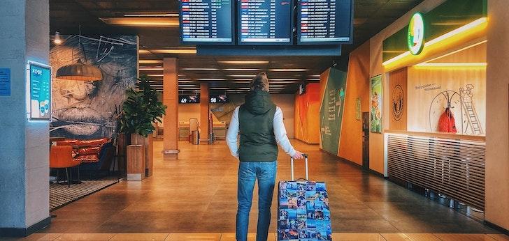 El turismo retrocede en España y cae un 93,6% en febrero