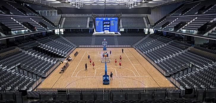El Navarra Arena, más allá del deporte: se reconvierte en un autocine