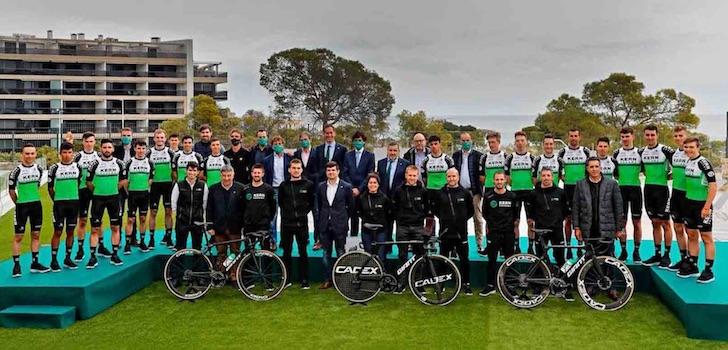 El Kern Pharma presenta su proyecto para debutar en el ciclismo profesional