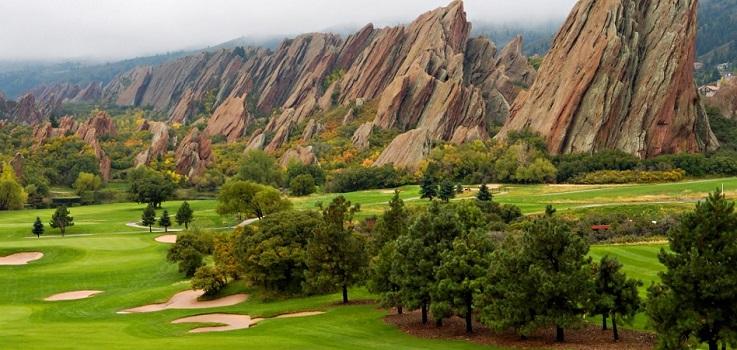 El golf seduce al capital: el fondo Atairos invierte en la estadounidense Arcis
