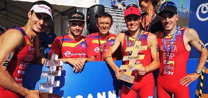 La Federación Española de Triatlón repartirá 100.000 euros en becas para los triatletas