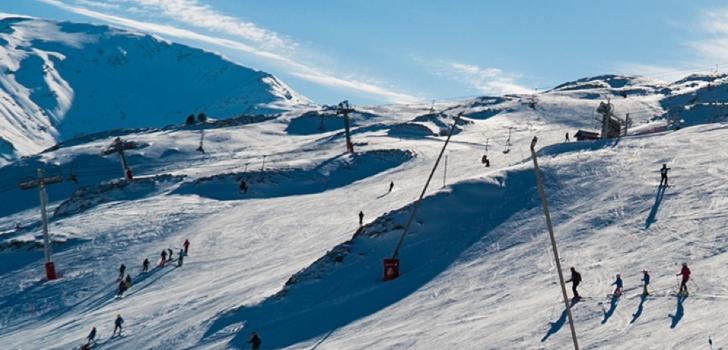 Aramón negocia el rescate de Candanchú para reabrir este invierno