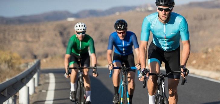 Decathlon eleva su posicionamiento en ciclismo con una alianza con Santini