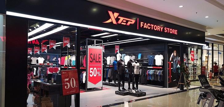 Xtep mejora sus previsiones y prevé disparar su beneficio un 65% hasta junio