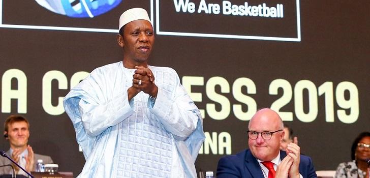 Fiba: Hamane Niang deja la presidencia temporalmente