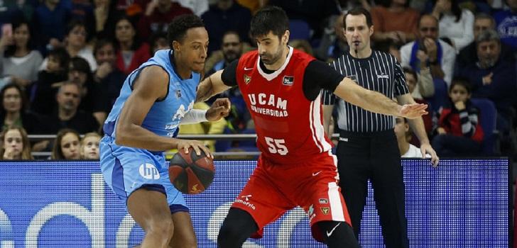 Movistar Estudiantes y Ucam Murcia disputan un partido de ACB
