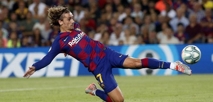 La competición cerró los primeros cuatro meses de actividad con un descenso del 1% por el aplazamiento del Barça-Madrid, que contabilizado devolvería el torneo al crecimiento. Los equipos descendidos lastran el avance.