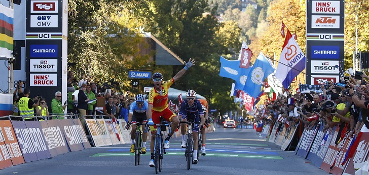La UCI, que hace unos meses aprobó la creación de un campeonato del mundo multidisciplinar unificado, ha dejado un impacto económico de 57,8 millones de euros entre sus cuatro principales pruebas, aunque el ciclismo en ruta acapara tres cuartas partes del negocio.