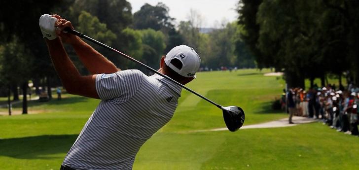 El golf es una disciplina que, tradicionalmente, ha estado ligada al alto standing, una etiqueta elitista de la que aún no ha terminado de desprenderse y que le ha costado el desapego de una parte de la audiencia. Ahora bien, la disciplna ha aprovechado el último lustro para moldear una nueva hornada de referentes deportivos, que se ha visto acompañada por la ofensiva de Discovery. El grupo audiovisual se dispone a crear la mayor comunidad de consumidores y practicantes de golf, tras prometer una inversión de más de 1.700 millones de euros por los derechos audiovisuales del PGA Tour y el European Tour. Todo para exprimir un mercado de consumo que cifran en más de 75.000 millones de euros anuales.