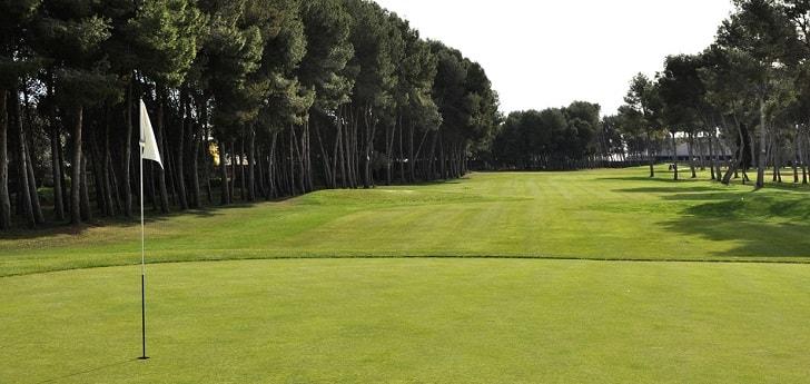 El gestor aeroportuario, que ya sacó a concurso la gestión de los terrenos en los que se ubica Club de Golf de Manises en 2012, ha previsto una inversión de 783.796 euros para un período de ocho años sin prórroga.