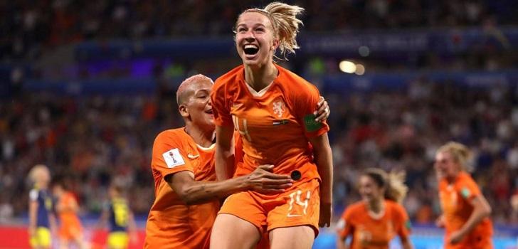 Tras el éxito que está teniendo la presente edición de la competición, el ente regulador del fútbol internacional propone doblar el presupuesto en premios y aumentar el número de equipos de 24 a 32.
