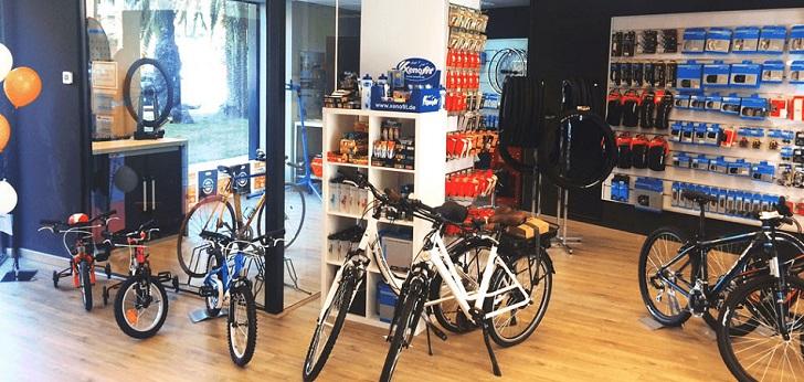 El operador español especializado en ciclismo llegará a los 51 establecimientos en el país tras sumar siete nuevos socios en Barcelona, Girona, Menorca, Granada, Oviedo, Navarra y Alicante.