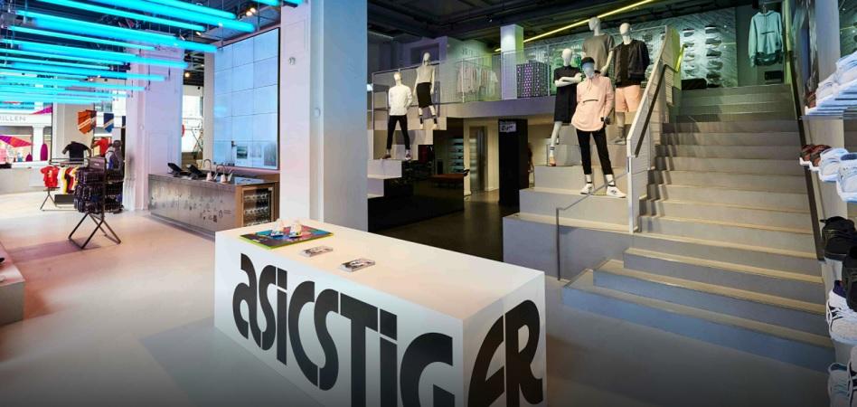 posibilidad cerrar Examinar detenidamente  Asics implanta nuevo concepto de tienda en España | Palco23