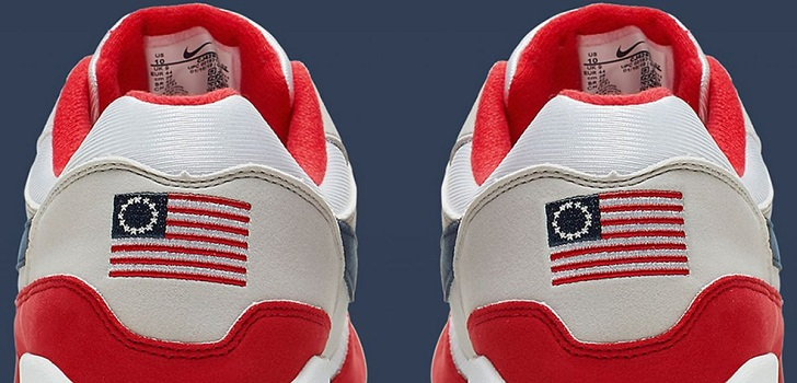 El exjugador de la NFL no estaba de acuerdo con la presencia en la parte trasera del calzado de la bandera Betsy Ross, puesto que puede ser ofensiva al tener connotaciones racistas.
