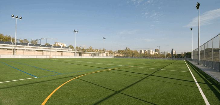 El Ayuntamiento de Barcelona busca gestor para el Centro Deportivo  Municipal (CEM) Bogatell. La gestión del campo de fútbol ha salido a  concurso por un ... 79e4be7fe5c55