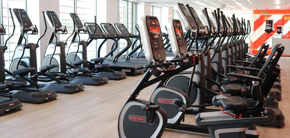 Las cadenas de gimnasios han refinado la búsqueda de ubicaciones donde abrir, con la compra de instalaciones como sostén