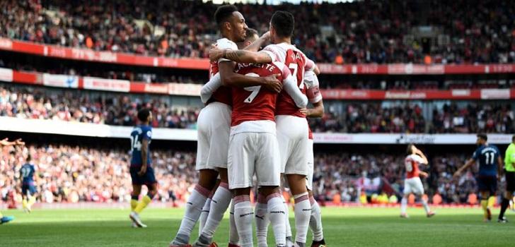 5b4c2b0ff El Arsenal ficha a Adidas como relevo de Puma por 330 millones en cinco  temporadas