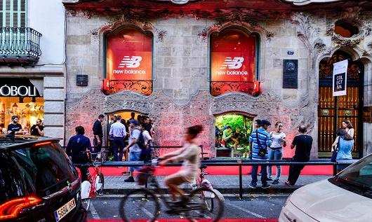 La primera tienda de New Balance en Barcelona abrió en Rambla Catalunya. 07c3b94023c