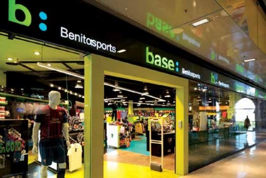 Millas A pie Iniciar sesión  Benitosports abrirá una tienda Adidas en Barcelona y llevará Base a  Mallorca | Palco23