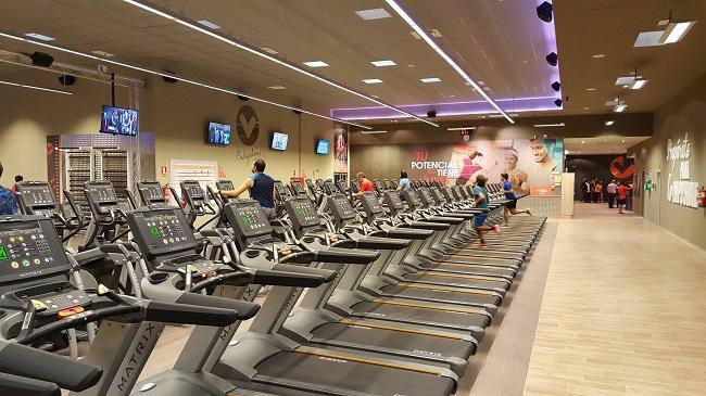 viva gym se refuerza en zaragoza y hace 39 repoker 39 en