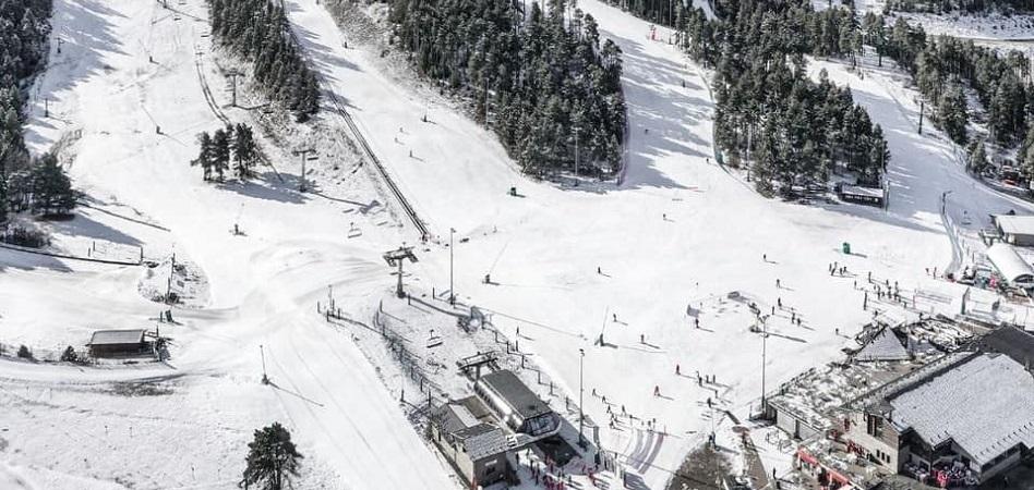 Como un invierno sin nieve: el Covid se come más de un 33% del esquí español en 2021