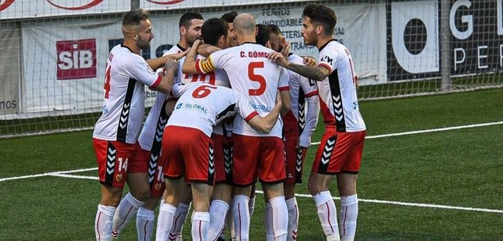 CE L'Hospitalet reduce deuda y proyecta el retorno al fútbol profesional