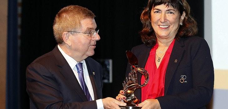 El COI desestima la denuncia contra la presidenta de la federación internacional de triatlón