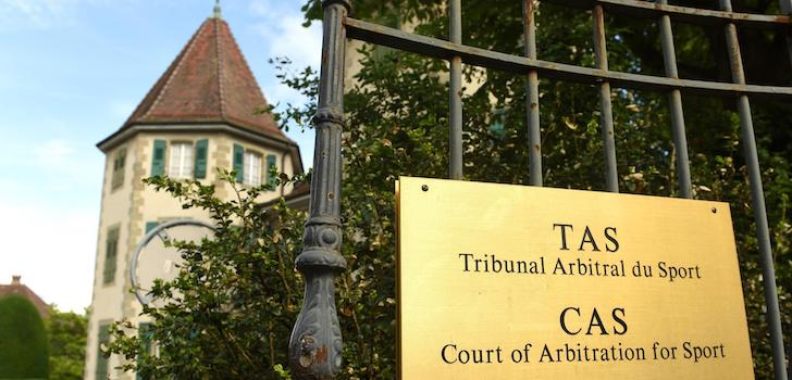 El TAS suspende cautelarmente la sanción de la Fifa contra el Cádiz CF