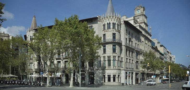 Adidas planta cara a Nike y alquila a Catalana Occidente una macrotienda en Paseo de Gracia