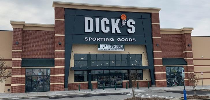 Dick's Sporting Goods eleva su negocio un 10% en 2020 al calor del 'boom' deporte