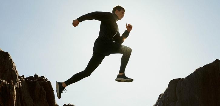 Mango prosigue su diversificación y lanza deporte para hombre