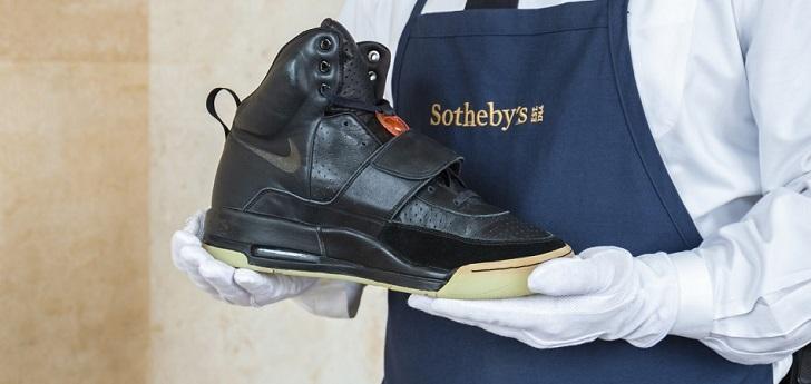 La fiebre de las 'sneakers', también en bolsa: un par de zapatillas de Kanye West salta al parqué