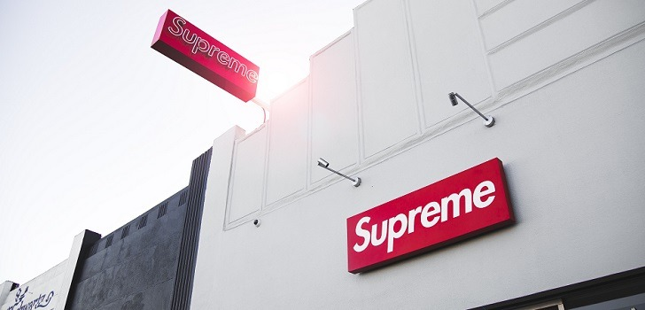 El dueño de The North Face compra Supreme