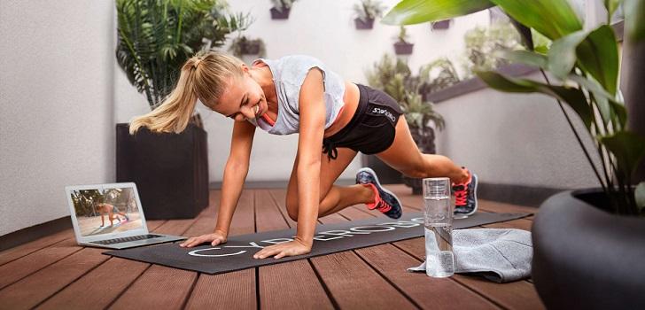 Los gimnasios, ante el desafío de monetizar el 'workout' virtual tras la cuarentena