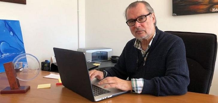 """Carlos García (Fesurf): """"Si pretendemos que una federación viva de las licencias, vamos mal"""""""