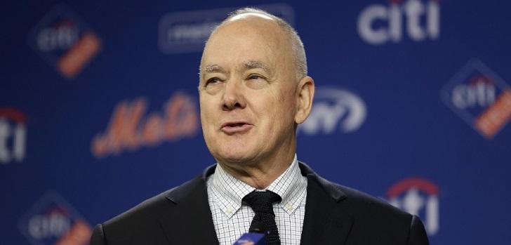Sandy Alderson apunta a presidente en su vuelta a los New York Mets